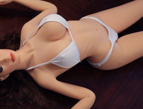 Wie viel Vorsicht muss man bei lebensechten Sexpuppen walten lassen?